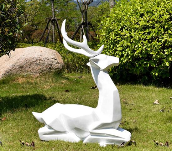 房地产不锈钢烤漆雕塑1