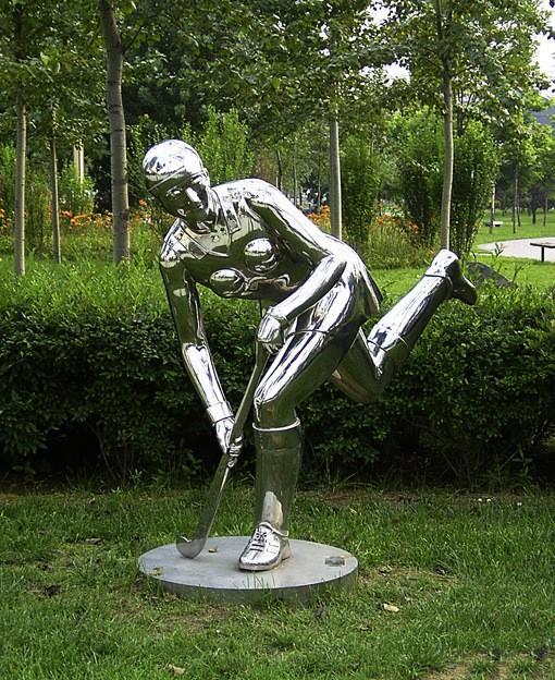 不锈钢人物雕塑的表情塑造